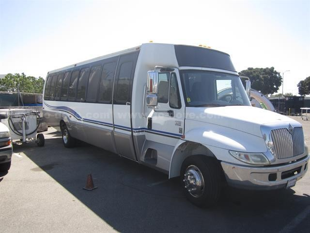 2007 Krystal Koach International 3200 Passenger Bus